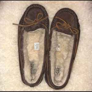 UGGs women moccasins sz 7. Worn once in the house